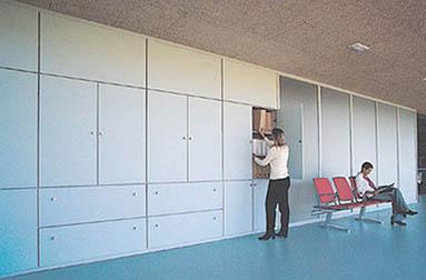Pareti attrezzate o mobili divisori for Divisori mobili per ufficio